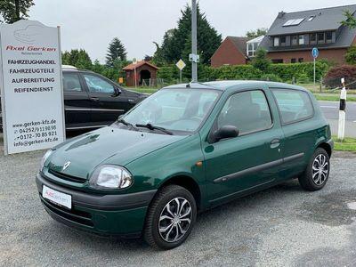 gebraucht Renault Clio Basis 1.2 TÜV 04.2022