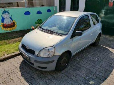 used Toyota Yaris HU 03/20