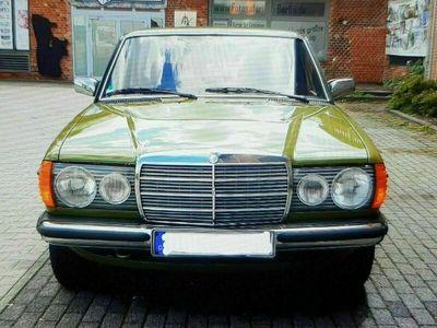 gebraucht Mercedes 200 123Benziner Schaltgetriebe