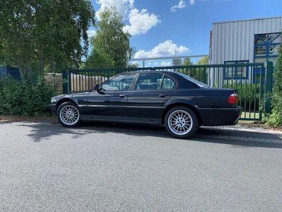 gebraucht BMW 728 i Youngtimer E38