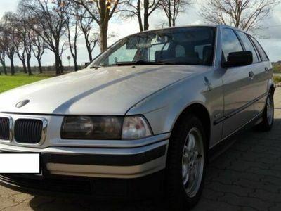 gebraucht BMW 316 i touring Automatik silber metallic Bj. 1998