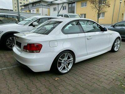 gebraucht BMW 123 Coupé d E82 Coupe M-Paket als Sportwagen/ in Hirschberg a.d. Bergstr.