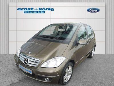 gebraucht Mercedes A180 CDI Elegance DPF, Euro 5, PAket Sitzkomfort, Klima, Fahrlichtassistent, AT-Anzeige, LM-Räder,..