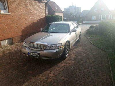gebraucht Lincoln Town Car Signature Serie 03er als Limousine in Rheine