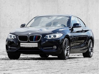 gebraucht BMW 230 2er i Coupe Sport Line