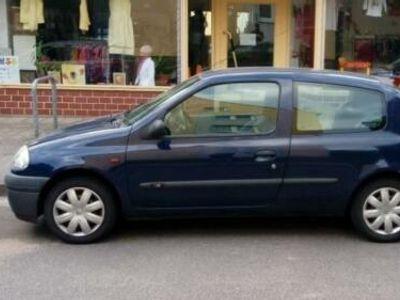 gebraucht Renault Clio 1.2 mit TÜV und Allwetterreifen