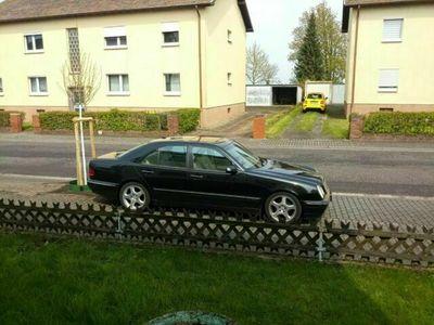 gebraucht Mercedes E240 Avantgarde