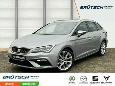 gebraucht Seat Leon ST 1.5 TSI FR Black Matt Edition DSG / NAVI / PANORAMA / ALCANTARA / ACC / LED