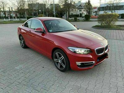 gebraucht BMW 230 i Coupé Neuwagenzustand | tolle Aus...