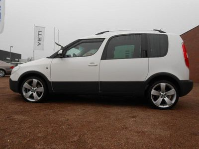 gebraucht Skoda Roomster Scout 1,2l TSI 77 kW/105 PS