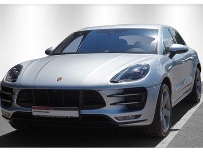 used Porsche Macan Turbo mit Performance Paket