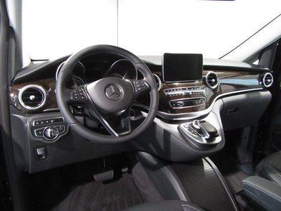 gebraucht Mercedes V250 d Edit. Avantgarde 4x4 AHK Sta.Hzg. Distr.