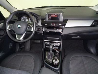 gebraucht BMW 218 Active Tourer d Aut./17''/HiFi/AHK/Aut.Heckkl