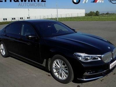 gebraucht BMW 750L i xDrive Navi Laser Rkam eGSD HUD TV Standhz