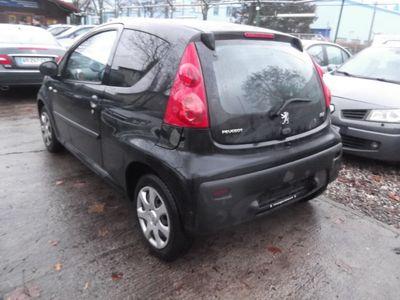 gebraucht Peugeot 107 70 Millesim 200 Klima Modell 2011