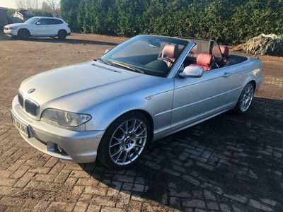 gebraucht BMW 330 Cabriolet cd exclusiv extra Hardtop als Cabrio/Roadster in Wiesmoor
