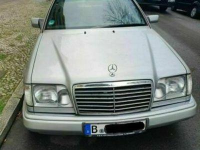 gebraucht Mercedes 230 ( w124)