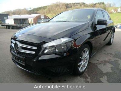 gebraucht Mercedes A200 BE Exclusiv Paket Leder/Navi/Kamera/SR+WR