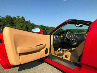 """gebraucht Ferrari F430 Spider F1 """"Scheckheft Gohm""""VIP Package"""" als Cabrio/Roadster in Münsingen"""