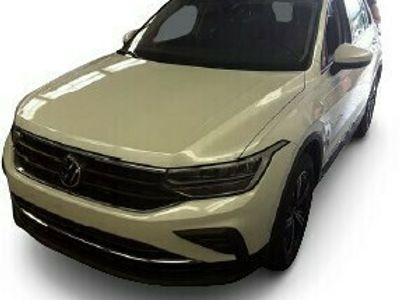 gebraucht VW Tiguan Tiguan2.0 TDI DSG 4MOTION Life   AHK   NAVI  