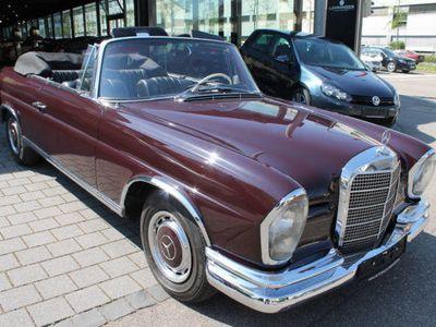 gebraucht Mercedes W111 SE Cabrio Werkscabriorestauriert