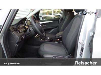 gebraucht BMW 218 Active Tourer d ,,KliA,,AHK,,SH,,,PDC