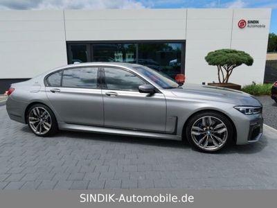 gebraucht BMW M760 760Li xDrive Individual-4Seat-TV-FirstClass