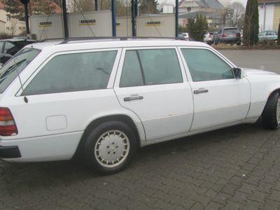 gebraucht Mercedes E250 TD