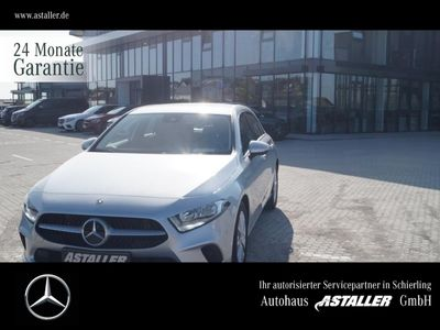 gebraucht Mercedes A180 Progressive+NaviPrem Comand+MBUX+17''+Spur