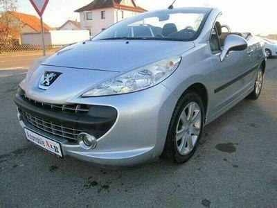 gebraucht Peugeot 207 CC Cabrio-Coupe Sport *KLIMA*ALU*PDC* als Cabrio/Roadster in Schömberg