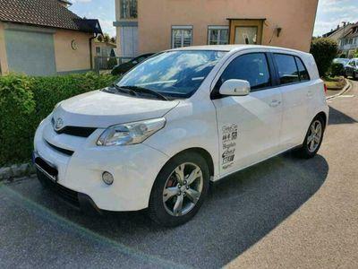 gebraucht Toyota Urban Cruiser 1.33 Town+ 4x2 / TÜV ...