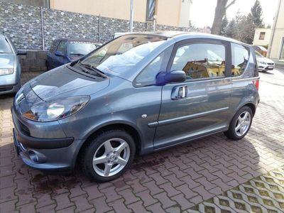 gebraucht Peugeot 1007 Premium,1,6,Benzin,123Tkm