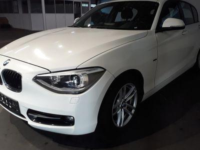 gebraucht BMW 116 i Steptronic Sportline +Bi-Xenon +Navi +Glasdach +AHK
