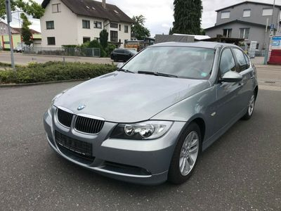 gebraucht BMW 325 Baureihe 3 Lim. i Advantage