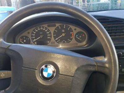 gebraucht BMW 316 i /1.6 Benziner