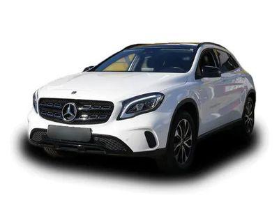 gebraucht Mercedes GLA180 KLIMA AHK SHZ PTS KAMERA NAVI LED EU6