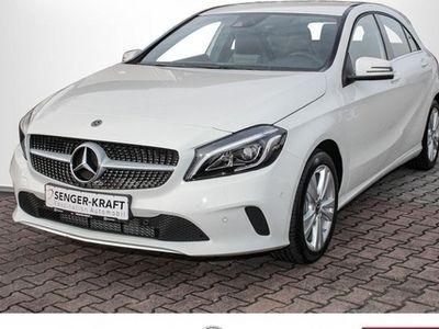 gebraucht Mercedes A180 d Urban Navi Sitzheizung LED Parkassistent