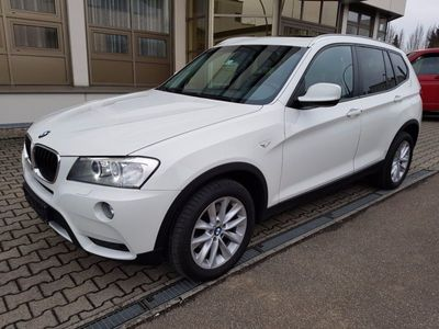 gebraucht BMW X3 xDrive20d*1Hand*Navi*M-Paket*Xenon