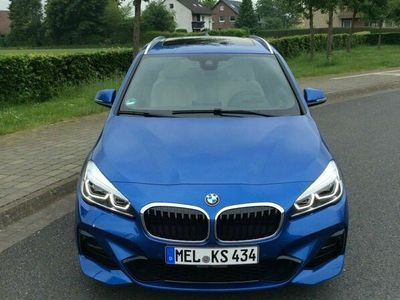 gebraucht BMW 220 i blau metallic