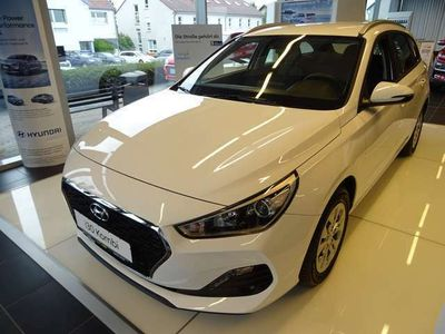 gebraucht Hyundai i30 cw 1.4i Select + Kombi-Paket + Funktionspaket Ein