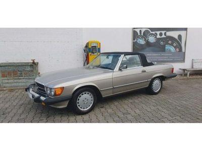 gebraucht Mercedes 560 SLR107 TopZustand, sehr geringe Originalfah