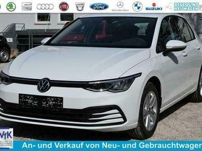 gebraucht VW Golf VIII 1.5 TSI 96kW Limited - Pure White NOV. 2021