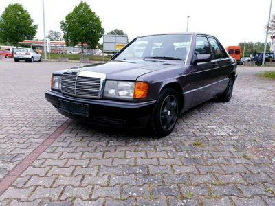 gebraucht Mercedes 190 2,0 Benzin 122 ps