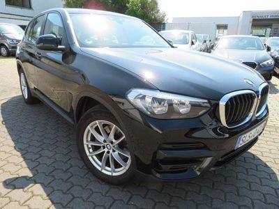 gebraucht BMW X3 xDrive20d Aut Advantage ActiveGuard ParkAssist DAB