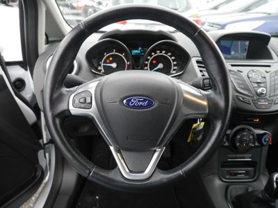 gebraucht Ford Fiesta 1.5 TDCi Celebration Bluetooth Navi