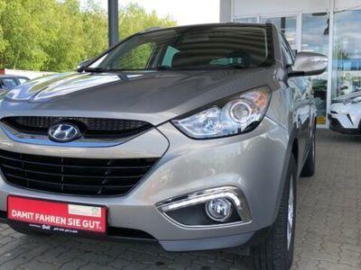 gebraucht Hyundai ix35 COMFORT 2.0 2WD*AHK*NAVI*KEYLESS*KAMERA*