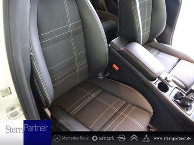 gebraucht Mercedes A180 d MODELLPFLEGE+URBAN+NAVI+SITZHEIZUNG+PTC