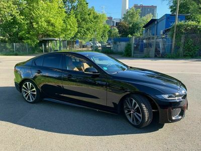 gebraucht Jaguar XE P250 R-Dynamic SE/BlackPack/Keyless/Navi/+++