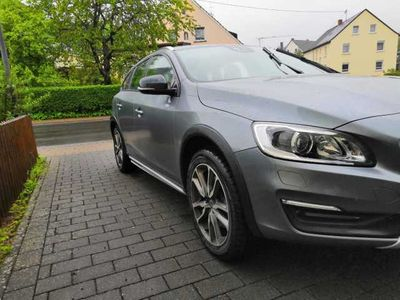 gebraucht Volvo V60 CC D4 AWD Aut. Standheiz. AHK