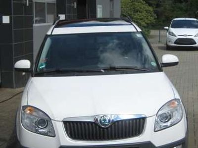 gebraucht Skoda Roomster Scout Plus Edition (5J7)